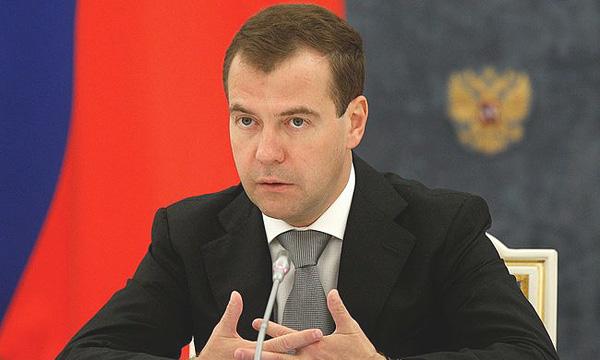 Дмитрий Медведев: Проблема самих педагогов - их внутренняя готовность к тому, чтобы адекватно преподавать историю такого большого и сложного государства