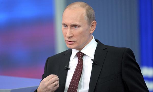 Путин считает что маккейн выступает