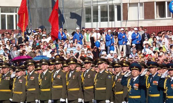 В оренбурге состоялся парад победы