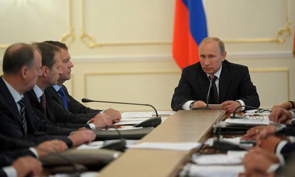 Президент РФ держит руку на пульсе: встреча в Астане под контролем