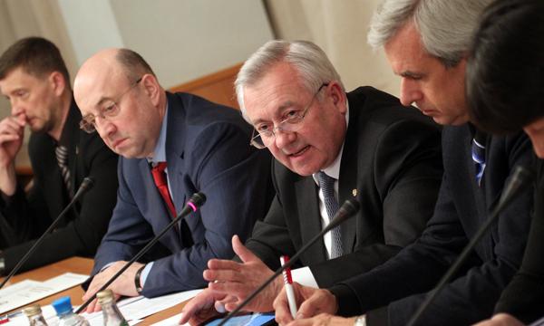 В Госдуме высказались за сохранение бумажного бюллетеня