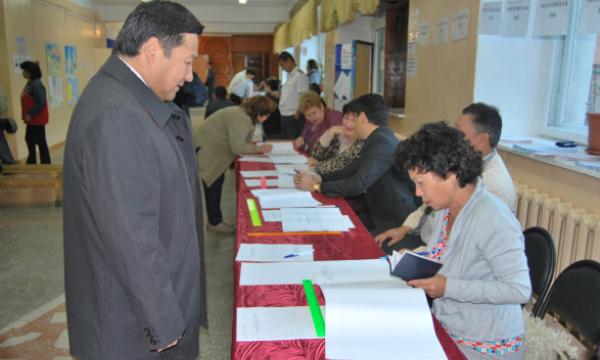 В Кызыле к полудню проголосовали 18% избирателей