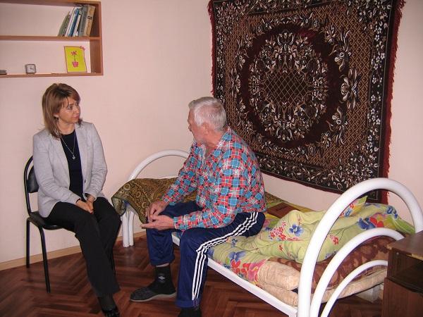 как взять из дома престарелых
