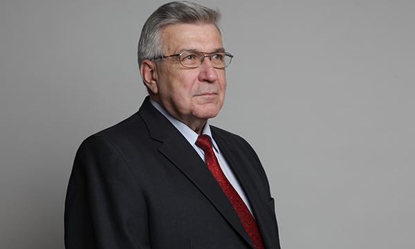 Закон оповышении МРОТ до7500 рублей принят впервом чтении