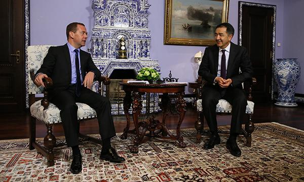 Бакытжан Сагинтаев провел в столице России встречу cДмитрием Медведевым