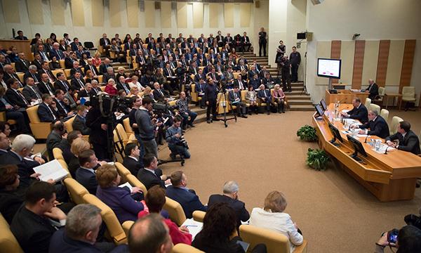 Мэр Пензы примет участие впарламентских слушаниях в столице России