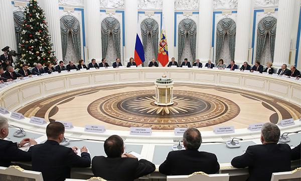 Владимир Путин высказался оботравлении иркутян «Боярышником»: «Десятками люди мрут как мухи»