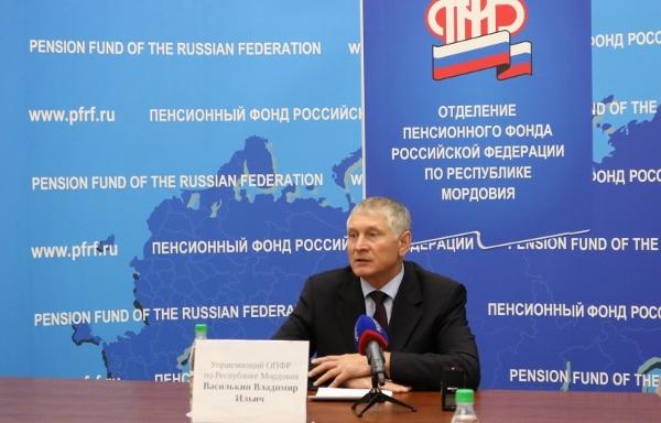 Вакансии работ для пенсионеров в москве новые