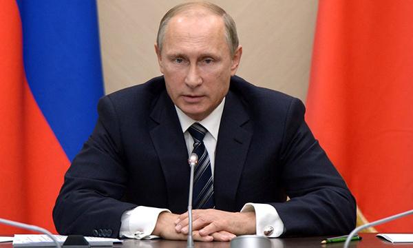 Путин: Деятельность Единой РФ должна стать еще ответственнее и действеннее