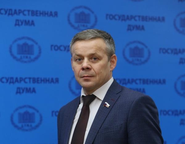 Виктор Карамышев: «Единая Россия» держит на особом контроле вопрос валютной ипотеки