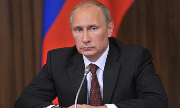 Владимир Путин поведал о вероятных причинах взрыва вметро в северной столице