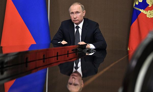 Путин лично проконтролирует восстановление районов, пострадавших отпожаров
