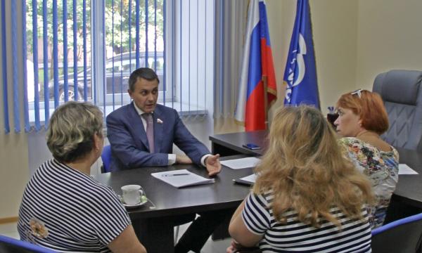 Жители Томска и области стали чаще обращаться в общественную приемную Партии