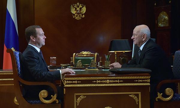 Юрий Берг пригласил Дмитрия Медведева вОренбургскую область