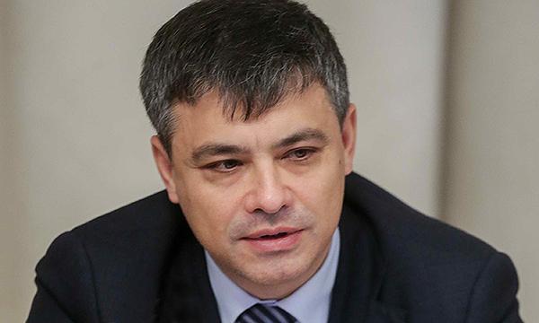 Морозов предлагает обязать педагогов в случае необходимости оказывать первую помощь