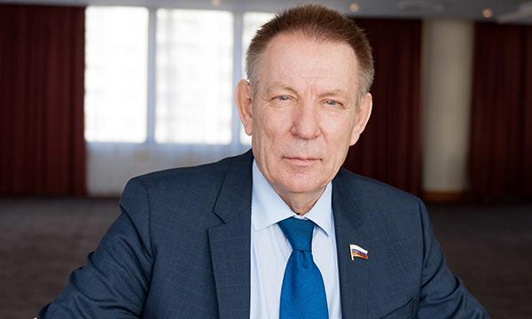 Кабмин распорядился увеличить число машин скорой помощи вНовгородской области