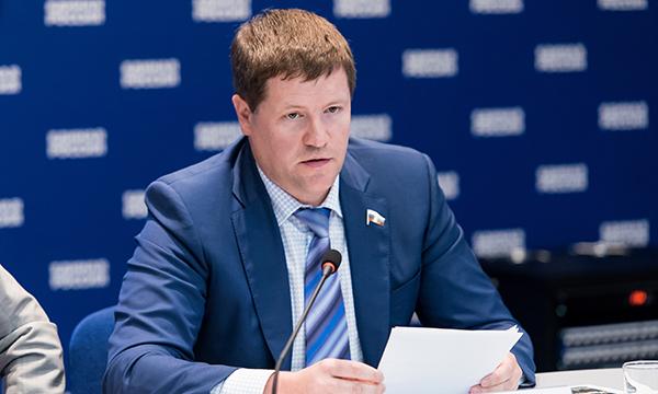 Необходимо предотвратить аварии на российских дорогах – Бидонько