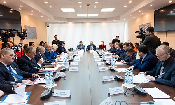 Госдума и Совет Федерации договорились обсуждать резонансные законопроекты на площадке ЕР