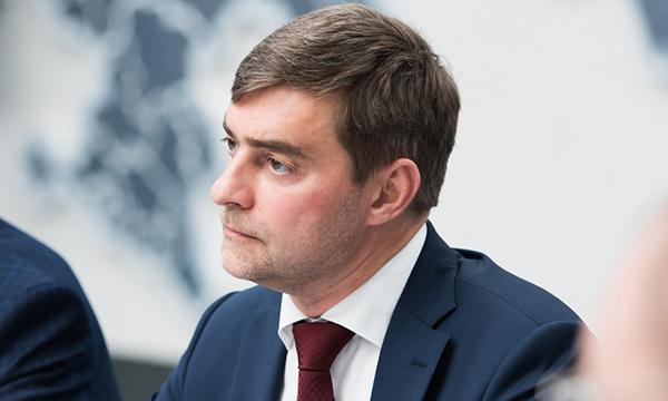 Железняк потребовал от властей Украины наказать виновных в акте вандализма в отношении Флага РФ в Киеве