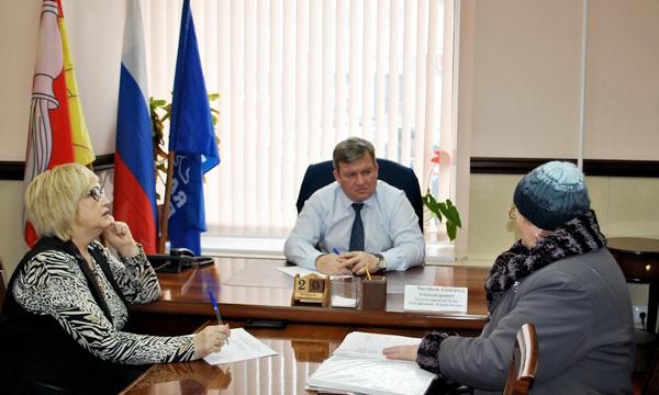 В Воронежской приемной заявительнице оказали юридическую консультацию
