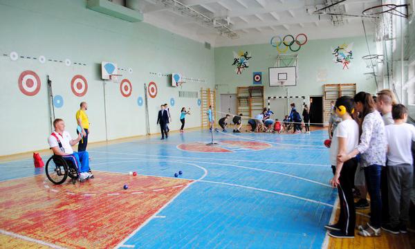 В Воронеже в рамках партпроекта «Единая страна – доступная среда» стартовали «Уроки доброты»