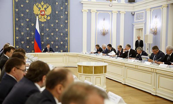 Чечня и КЧР станут участниками программы содействия переселению соотечественников из-за рубежа - Медведев