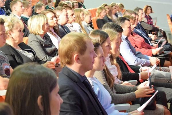 В Екатеринбурге состоялся очный этап партийной дискуссии «Обновление-2018»