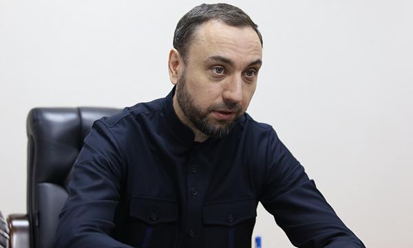 В Грозном депутат Госдумы взял на контроль решение жилищного вопроса малоимущей семьи