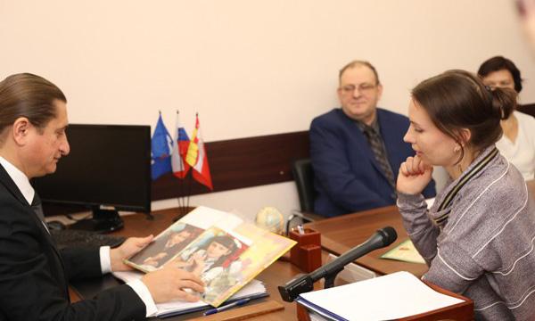 Приемная Партии в Воронеже помогла многодетной семье получить материнский капитал