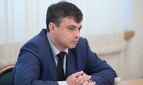 Госдума намерена отрегулировать отношения отечественных фармпроизводителей и аптечных сетей