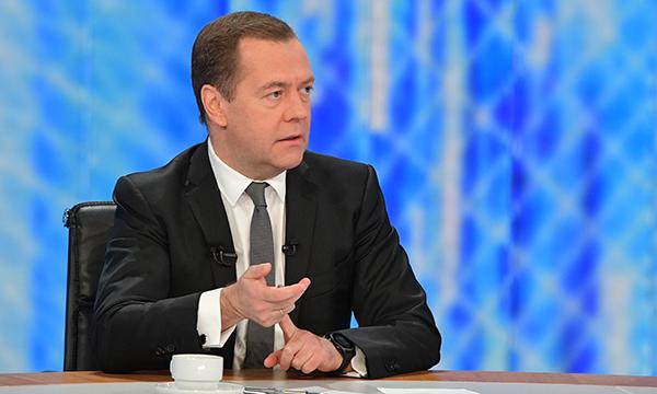 Глава Кабмина РФ: Расходы на научные исследования составляют 400 млрд рублей в год