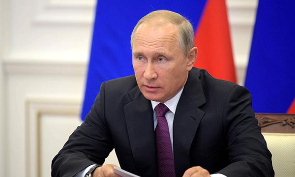 Путин подписал законы об ответственности за ложную экспертизу при госзакупках