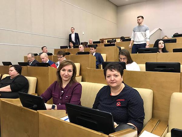 Министр максим топилин член партии единая россия