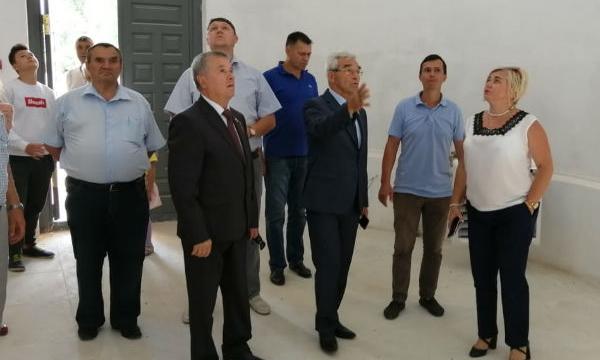 Депутат Госдумы высоко оценил ход реставрации храма в липецком селе