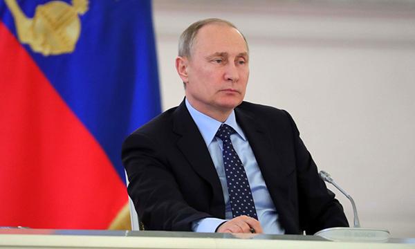 Путин подписал закон «Единой России» об индексации пенсий для опекунов
