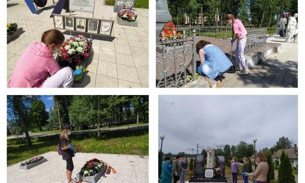 В Псковской области активисты провели субботники у мемориалов и воинских захоронений