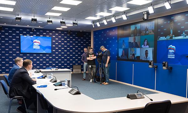 В Минздраве поблагодарили «Единую Россию» за работу в условиях пандемии