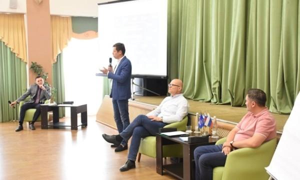 Высшая партийная школа в Белгородской области возобновила работу в новом формате