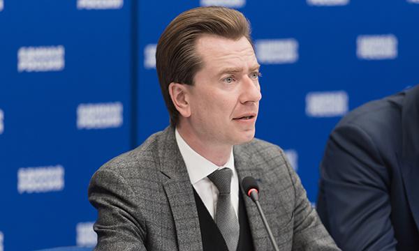 Владимир Бурматов обратился в полицию и прокуратуру после инцидента с избиением собаки в Екатеринбурге