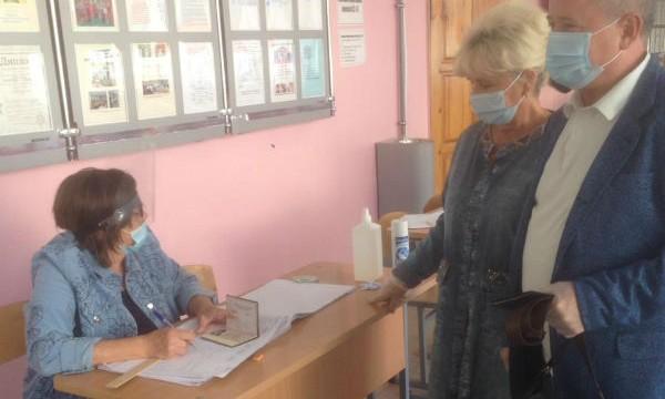 Герой России Владимир Богодухов проголосовал в Липецке