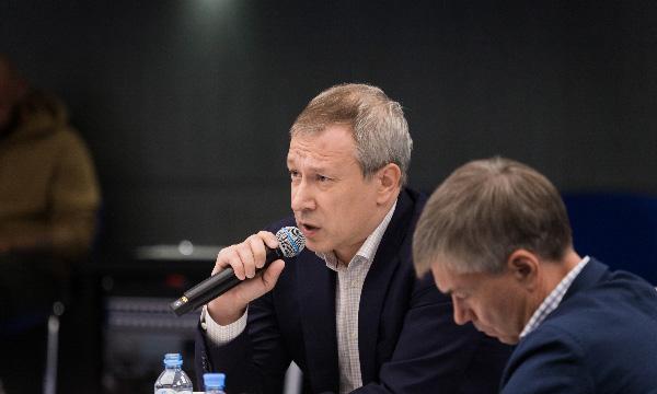 Алексей Чеснаков рассказал о новых вызовах для «Единой России» перед выборами в Госдуму
