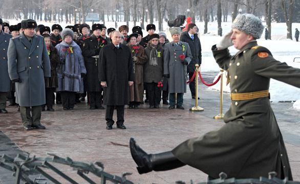 фото могилы брата путина на пескарёвском кладбище исследованиям